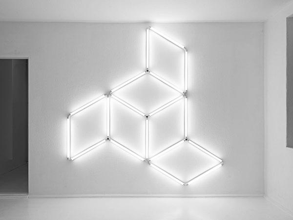 Sans titre, 2012 / Tubes fluorescents