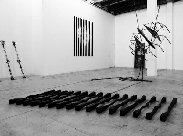 Sans titre (Horizontales), 2017 / Bois, peinture et cirage