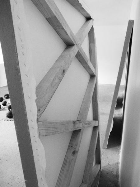 La Gueule ouverte, 2015 / Châssis en bois et peinture / 170 x 120 cm chaque