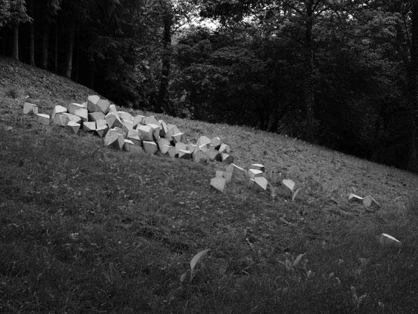 Melencolia, 2013 / Béton / Dimensions variables
